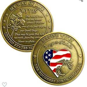 United States Marine Corps wive Commemorative Coin